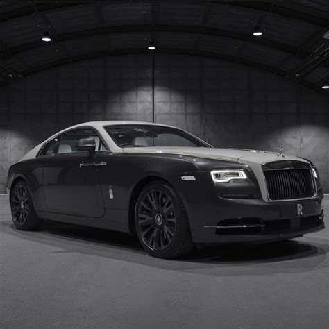 Rolls-Royce 2020 Model List: Current Lineup, Prices & Reviews