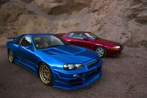 Why The Nissan Skyline GT-R Is A Proper 90s Hero Car